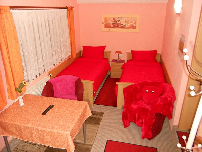 rotes zimmer 01